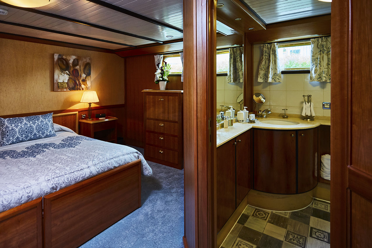 Luxury accommodation on our barge cruise in France