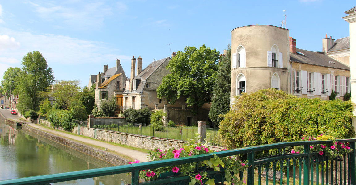 Upper Loire Barge Cruise 2021