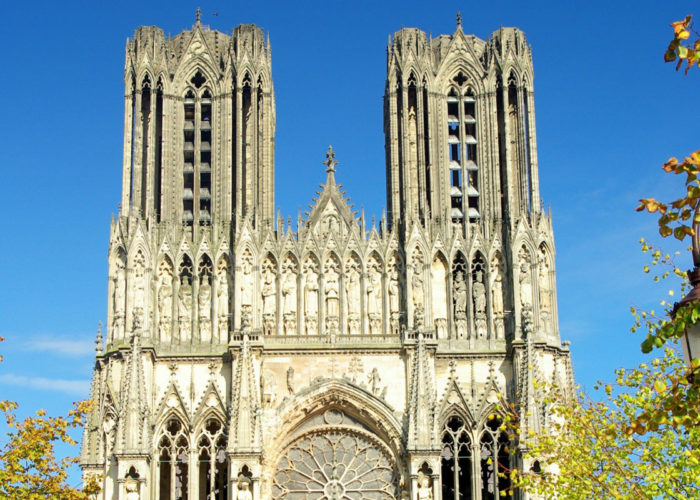 Visit to Reims Cathedral on the Châlons-en-Champagne Cruise Route