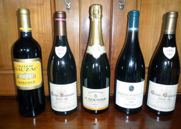 C'est La Vie Luxury Hotel example wine list
