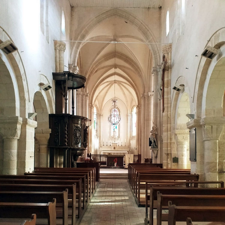 Churches of France interior