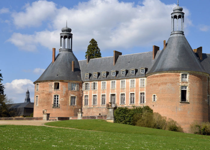 Château of St Fargeau on the 5-night Upper Loire Barge Cruise