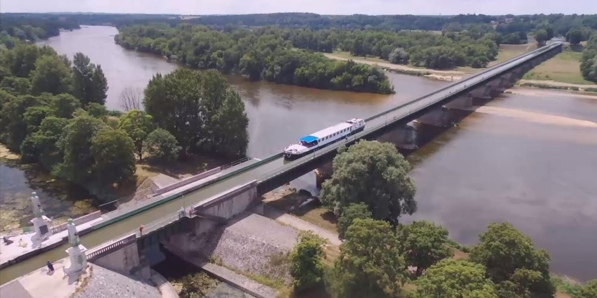 Aerial video from a barge cruise in France