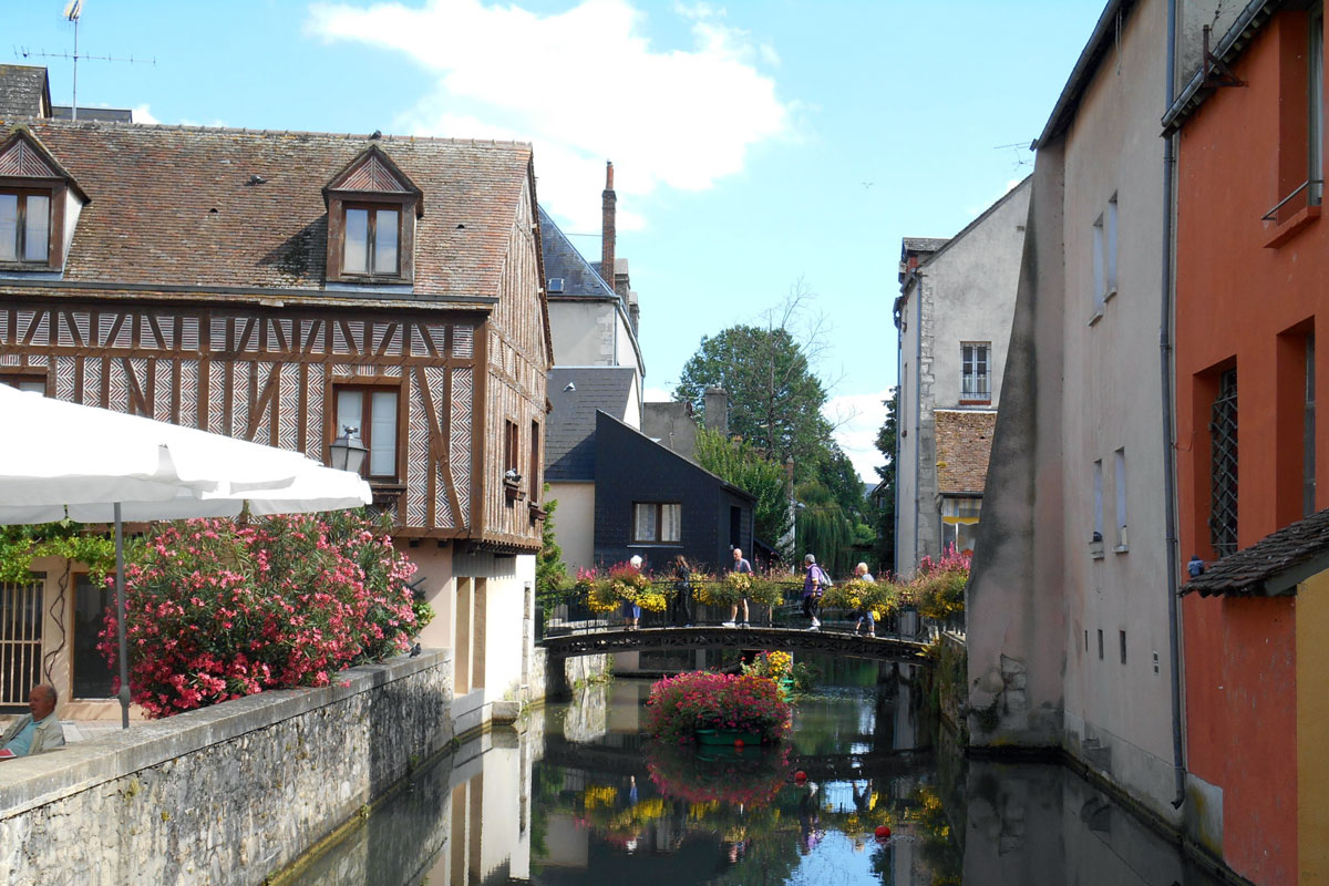 Fishery-district--Montargis