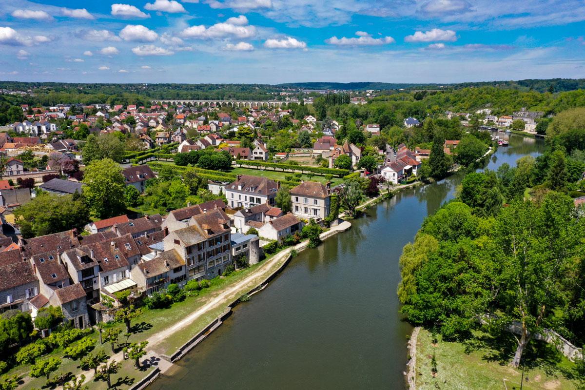 Moret-sur-Loing-in-France